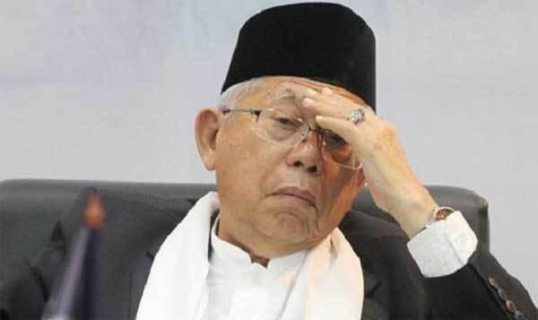 Jokowi, Jika Sudah Tidak Suka Dengan Maruf, Sebaiknya Disuruh Mundur