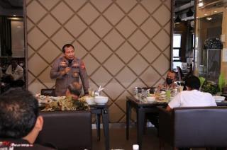 Silaturahmi dengan Awak Media, Irjen Pol Toni Terima Keluh Kesah Wartawan