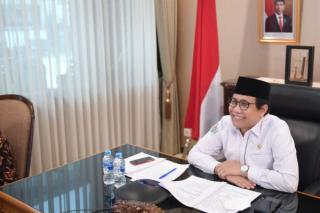 Bawakan Orasi Ilmiah, Menteri Desa PDTT Minta Mahasiswa Aktif Berorganisasi