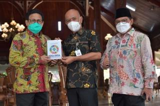 Menteri Desa PDTT Temui  Bupati Jepara  Bahas Pengentasan Kemiskinan di Desa
