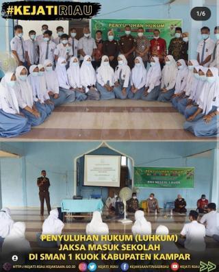 Kejati Riau Beri Penyuluhan Hukum Jaksa Bagi Siswa SMAN 1 Kuok