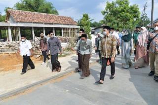 Kunjungi Ponpes Alhamdulillah Rembang, Gus Menteri: Santri Bisa Hidup Dimanapun