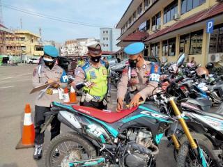 Polda Sumsel Laksanakan Gaktibplin bagi Kendaraan Anggota Polri dan ASN Polda